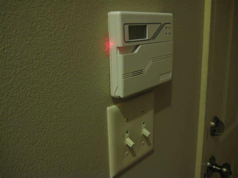 Garage-Door-Open-Indicator-Diy