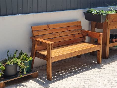 Garden-Bench-For-Two-Plans