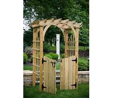 Best Garden gate arbors designs