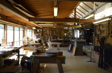 George-Nakashima-Woodworker-S-A