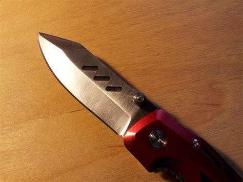 Gerber-Knives-Walpole-Woodworkers