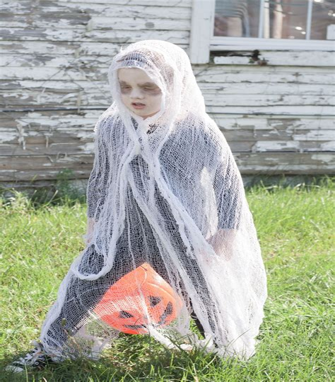 Ghost-Toddler-Costume-Diy