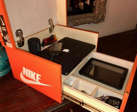 Giant Shoe Box DIY