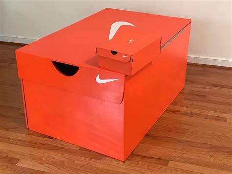 Giant-Shoe-Box-Diy