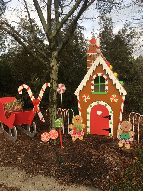 Gingerbread-Woodwork-Houses