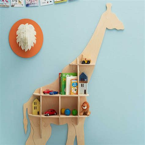 Giraffe-Bookshelf-Diy