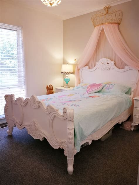 Girl Canopy Bed Diy Ideas