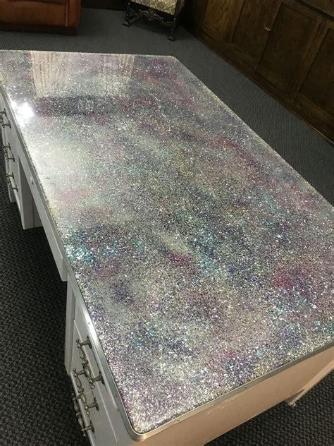 Glitter-Desk-Diy