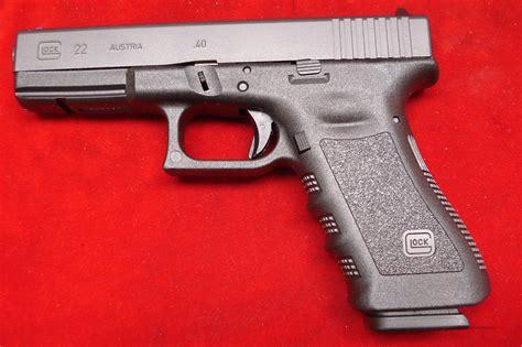 Glock Model 22 40 Cal And Painting Glock Slide