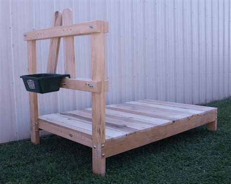 Goat-Milking-Stanchion-Plans