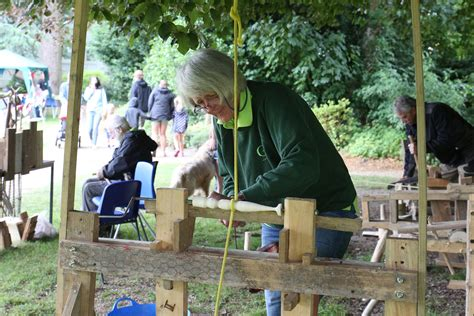 Green-Woodworking-Courses-Uk