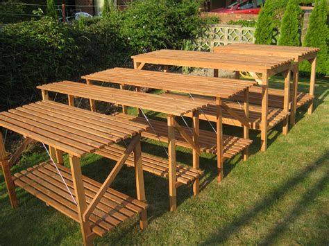 Greenhouse Staging Plans