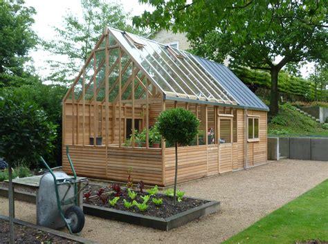 Greenhouse-Backyard-Plans