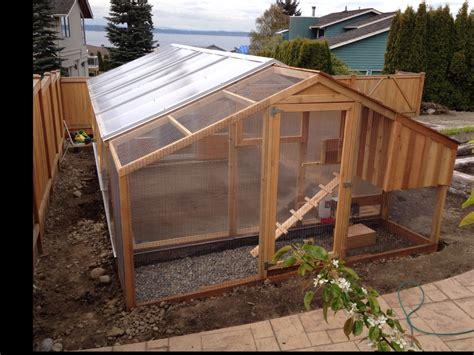 Greenhouse-Chicken-Coop-Combo-Plans