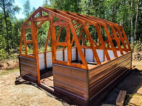 Greenhouse-Designs-And-Plans