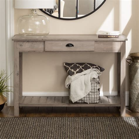 Grey-Farmhouse-Entry-Table