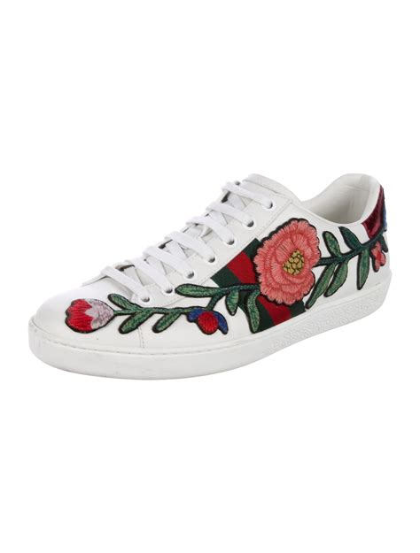Gucci Floral Sneakers Replica
