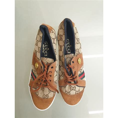 Gucci Sneakers 30.00