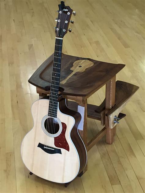 Guitar-Stool-Wood-Diy