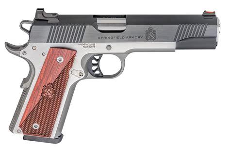 Gun And Accessorie