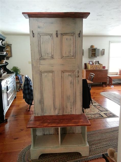 Hall-Tree-Made-From-Old-Door-Plans