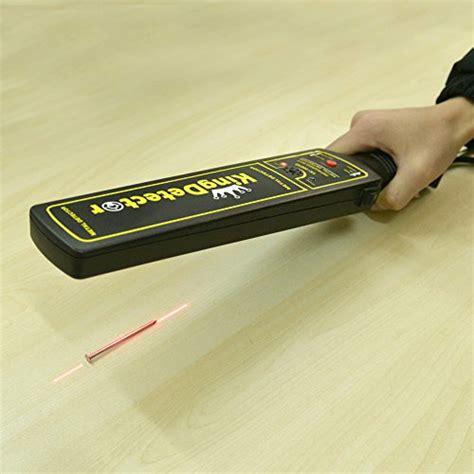 Hand-Held-Metal-Detectors-For-Woodworkers