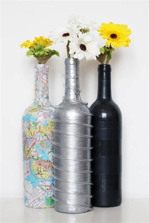 Hand-Painted-Wine-Bottles-Diy