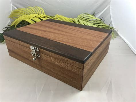 Handcrafted-Keepsake-Boxes