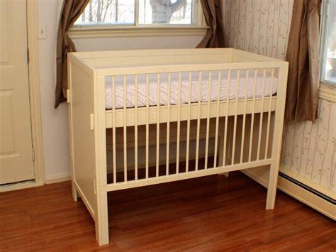 Handmade-Crib-Plans