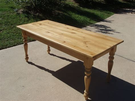Handmade-Pine-Farm-Table