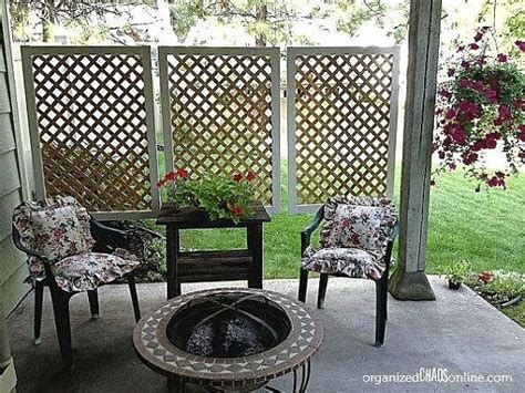 Hanging Lattice Privacy Screen