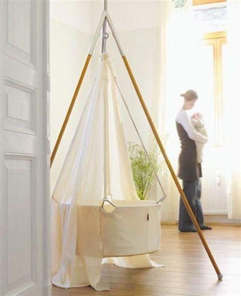 Hanging-Baby-Cradle-Diy