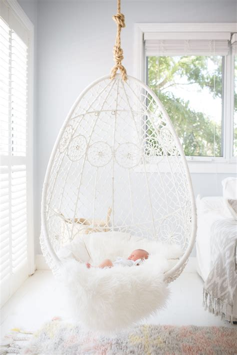 Hanging-Chair-For-Girls-Bedroom