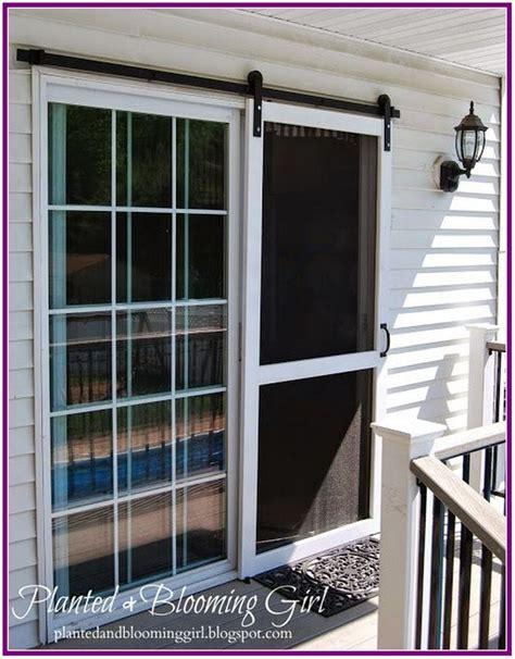 Hanging-Screen-Door-Diy
