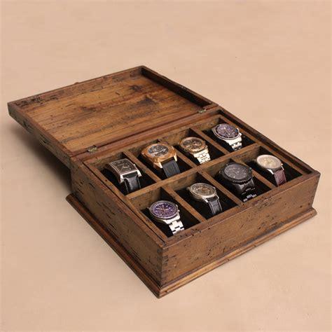 Hardwood-Shelf-And-Watch-Holder-Plans