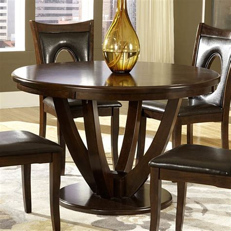 Harpersfield Round Dining Table