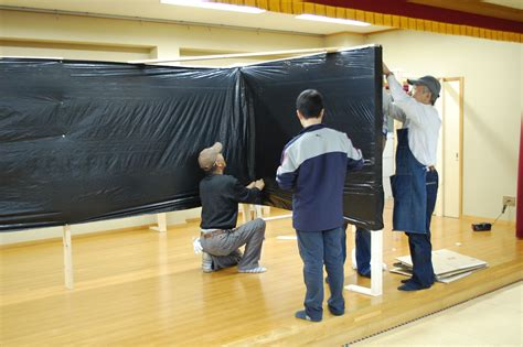 Haunted-House-Decorations-Diy