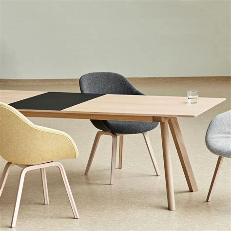 Hay-Farm-Dining-Table-Oak