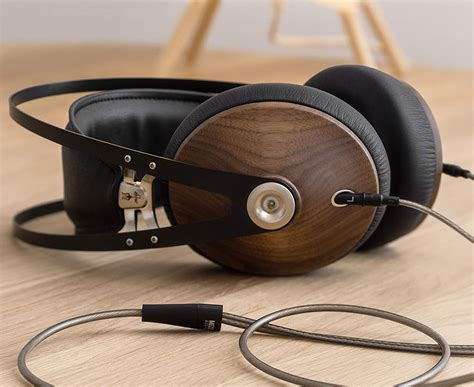 Headset-For-Woodworking