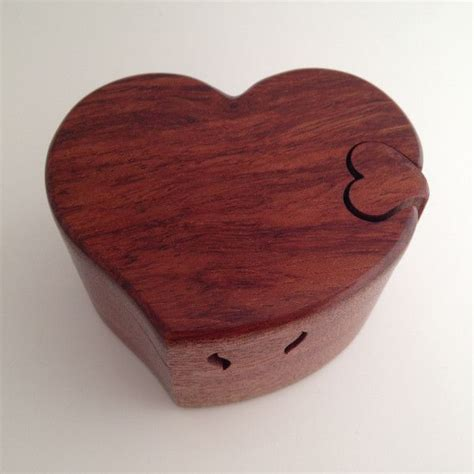 Heart-Shaped-Puzzle-Box-Plans