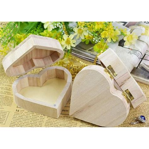 Heart-Shaped-Wooden-Box-Diy