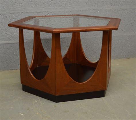 Hexagon-Coffee-Table-Plans