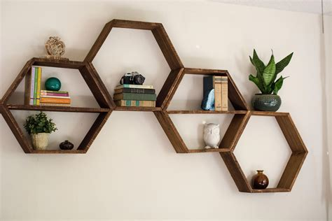 Hexagon-Storage-Shelves-Diy