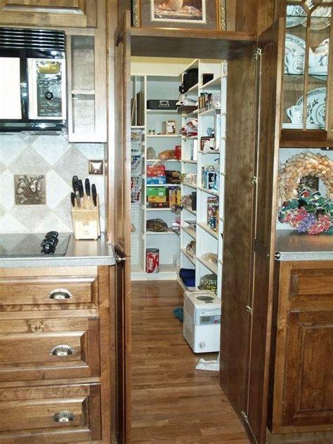 Hidden-Kitchen-Pantry-Diy