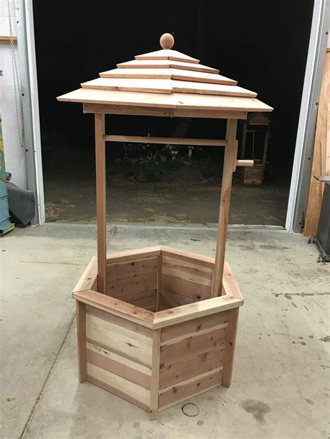 High School Free Woodwork Plans Wishing Well