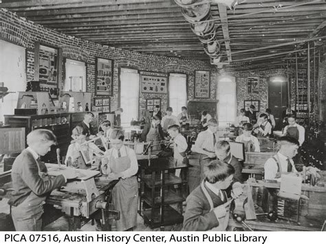 High-School-Woodworking-Course-Description