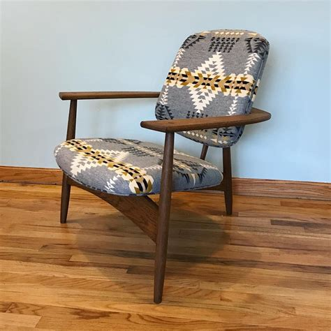 Hilltop Lounge Chair