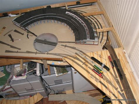 Ho-Scale-Plans-For-A-Wood-Roundhouse
