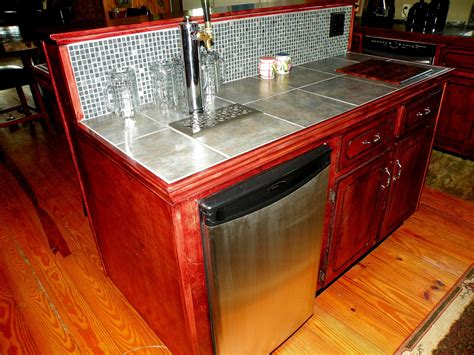 Home-Bar-Plans-With-Kegerator