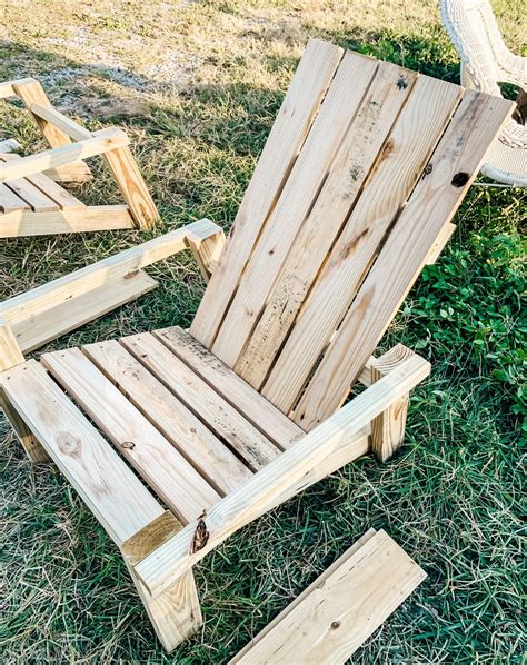 Home-Journal-Adirondack-Chair